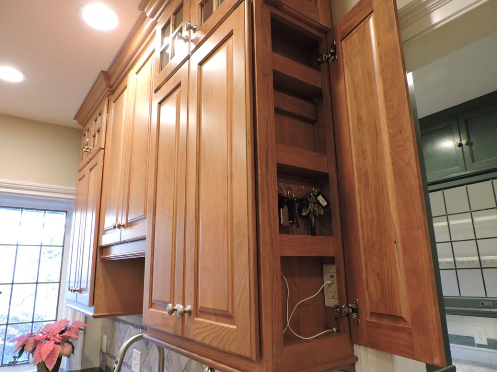 New England Kitchen And Bath Llc Cabinets